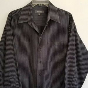Kenneth Cole long sleeve button down shirt